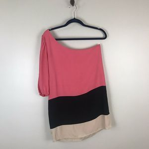 Lulu's Colorblock One Sleeve Shift Dress